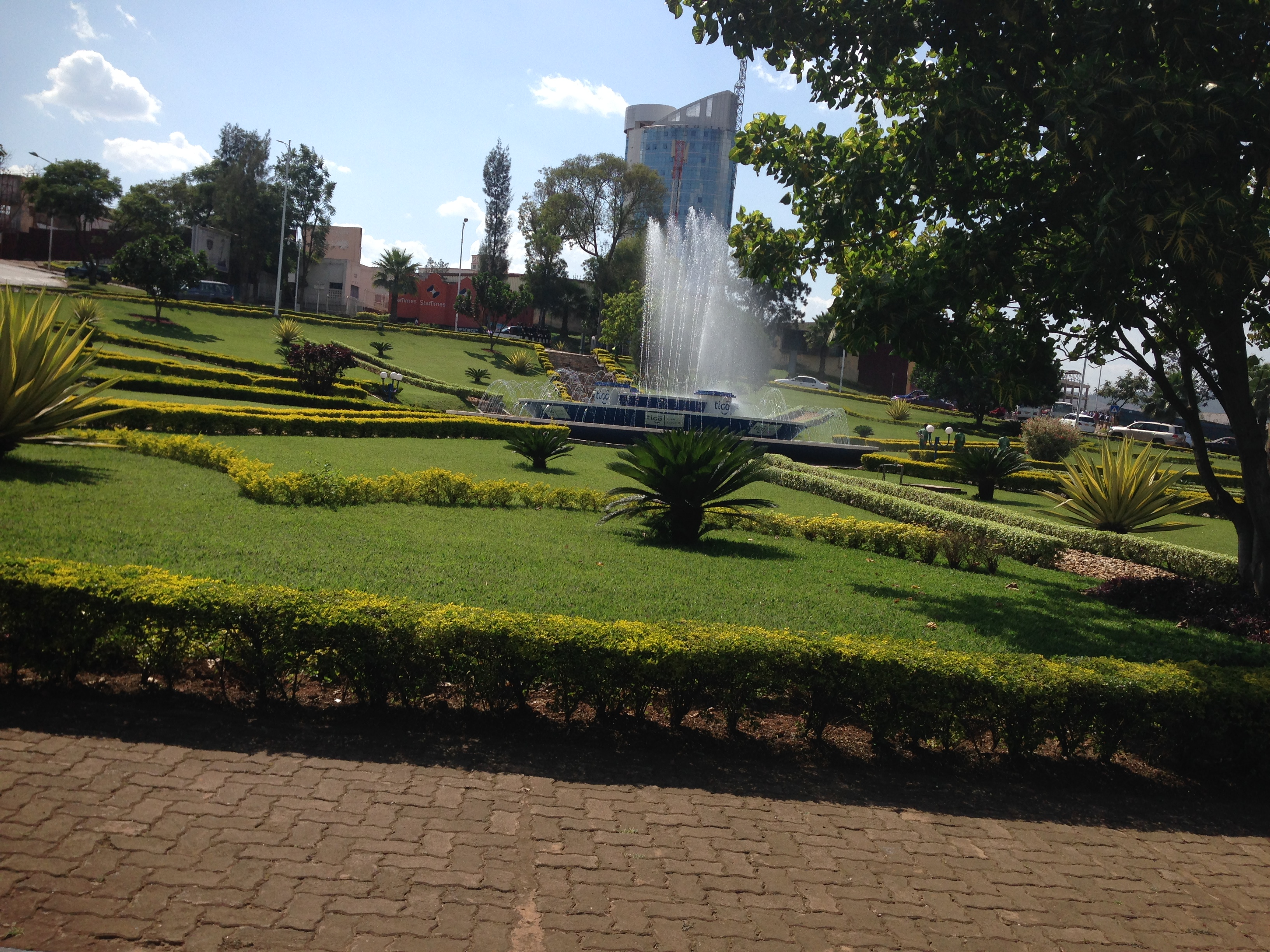 Entebbe Hotels, Camp sites and Entebbe Lodges in Town